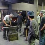 Önképzőkör a kovácsműhelyben